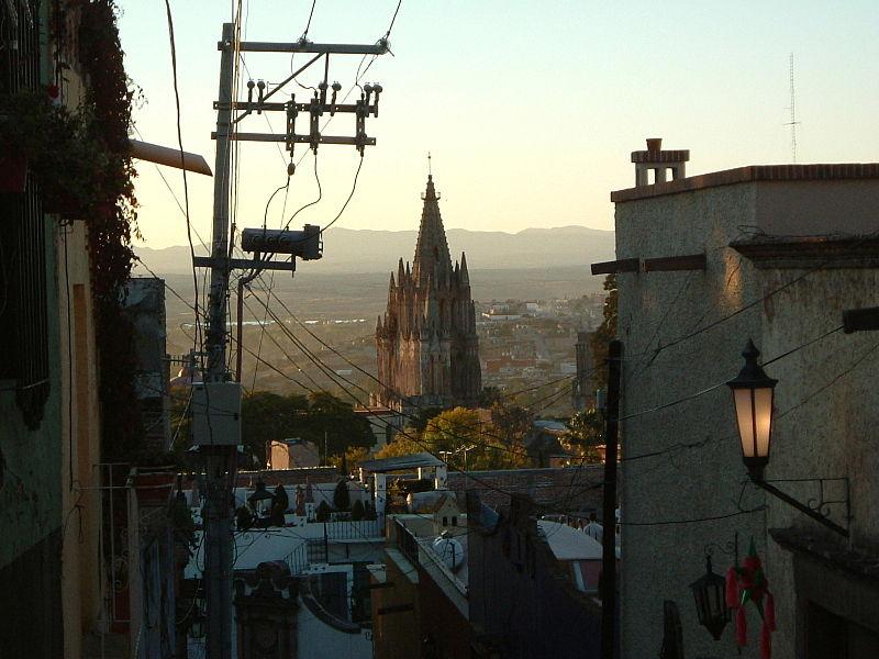 800px-Parroquia_San_Miguel