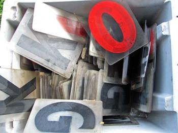 Plasticletters